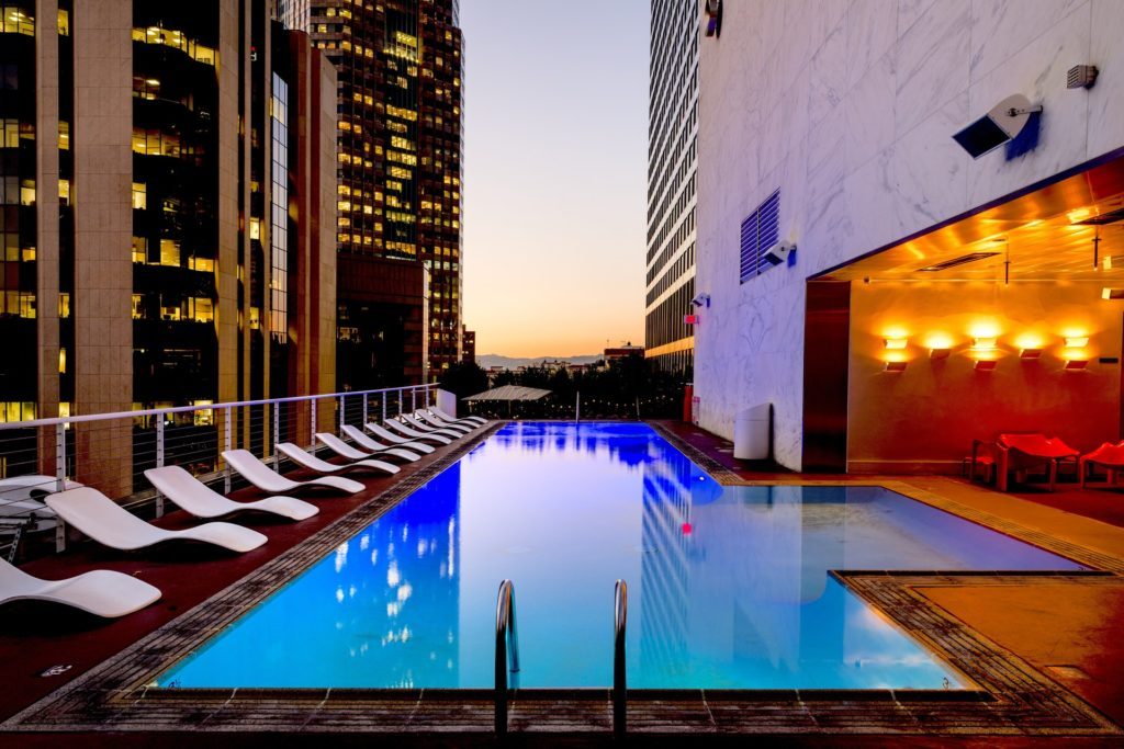 benefit of hotel negotiated rates